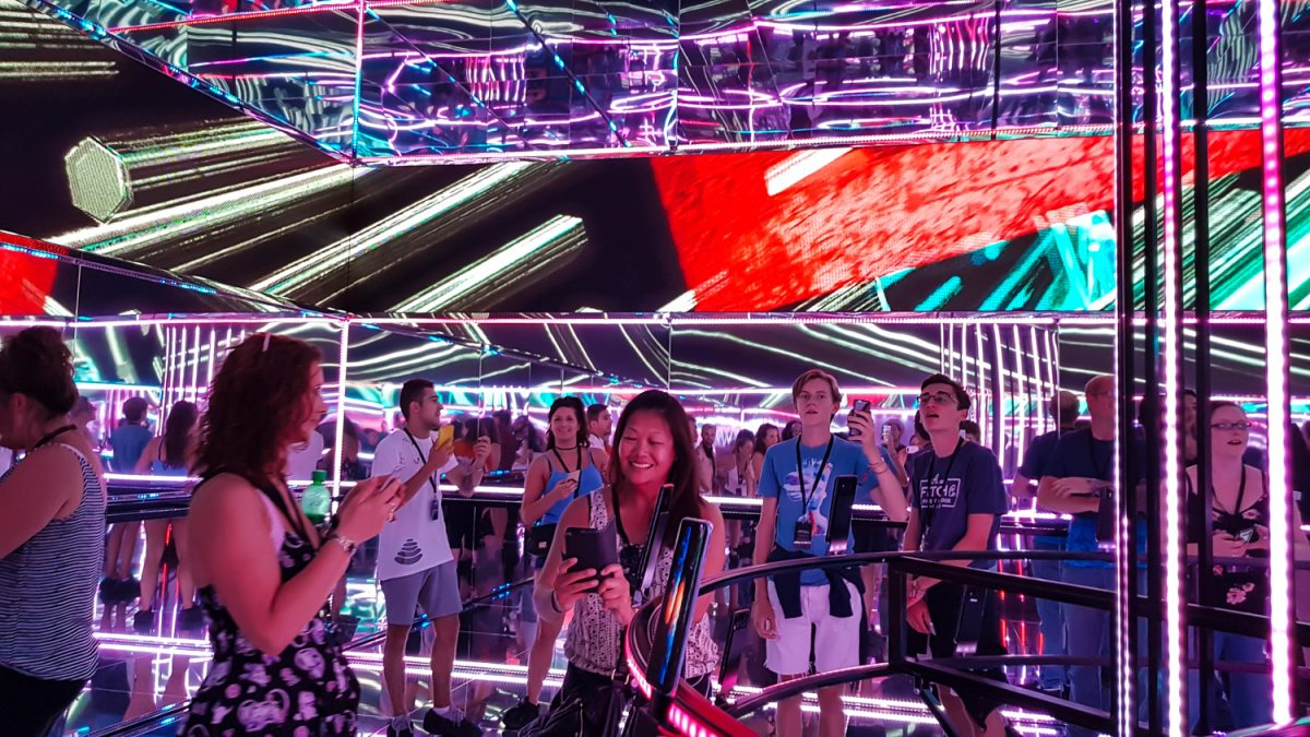 Tech Trends Samsung Reading Festival Infinity Selfie 360 VR