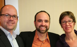 Content Marketing Conference speakers AJ Huisman and Ingrid Archer with Joe Pulizzi at our roundtable